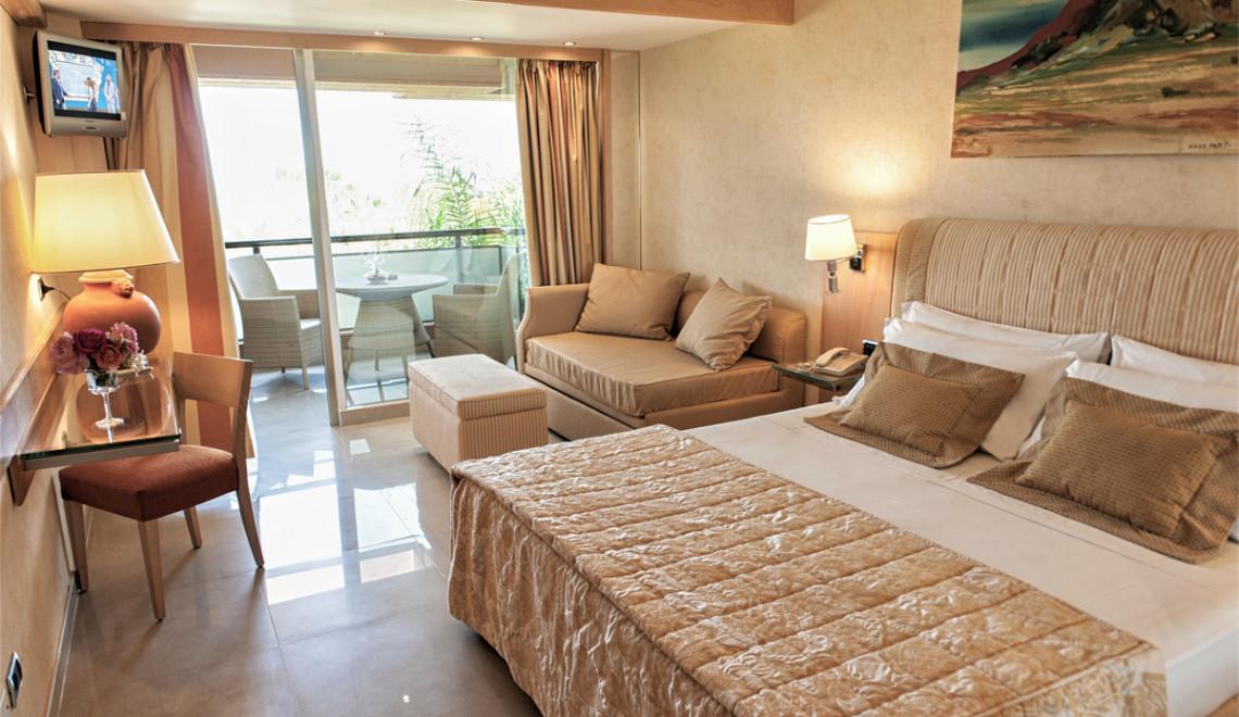 Acacia Resort - deluxe room