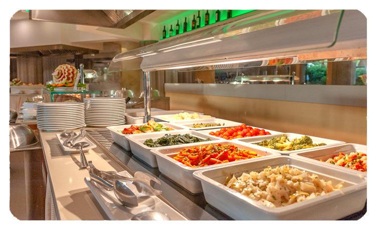 www.acaciaresort.eu - restaurant