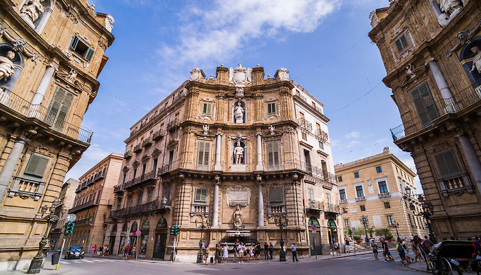 Palermo, Quattro Canti (Piazza Vigliena, The Four Corners), a Baroque square at the centre of the Old City of Palermo, Sicily, Italy, Europe. This is a photo of Quattro Canti (Piazza Vigliena, The Four Corners), a Baroque square at the centre of the Old City of Palermo, Sicily, Italy, Europe.