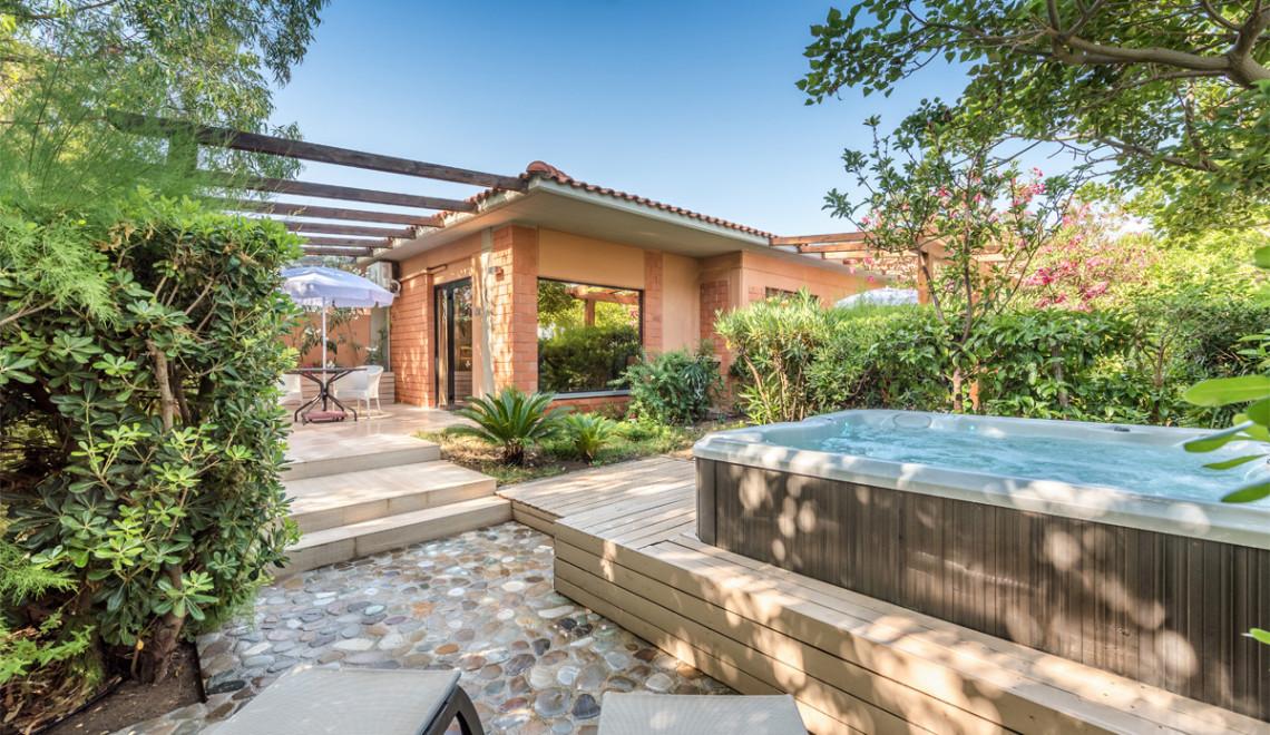 Acacia Resort - Comfort-Garden-9